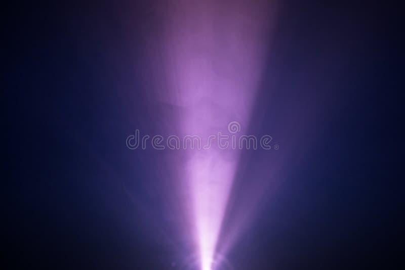 Purpury dymny światło reflektorów obrazy stock