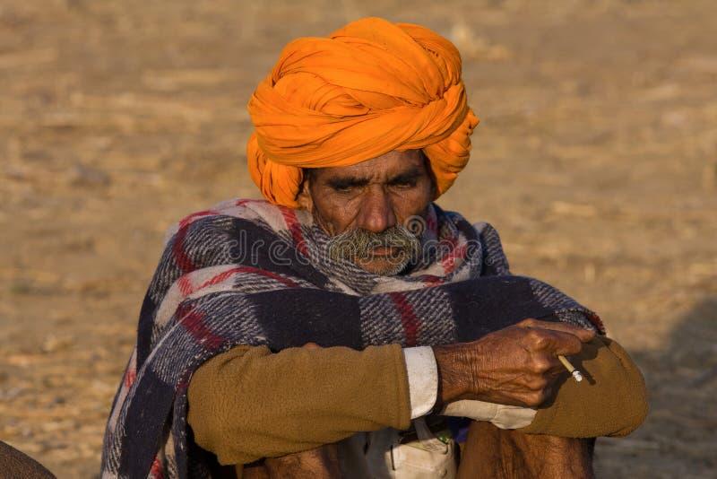 Download Pushkar Wielbłądzi Mela (Pushkar Wielbłądzi Jarmark) Fotografia Editorial - Obraz złożonej z beduin, mężczyzna: 41952317