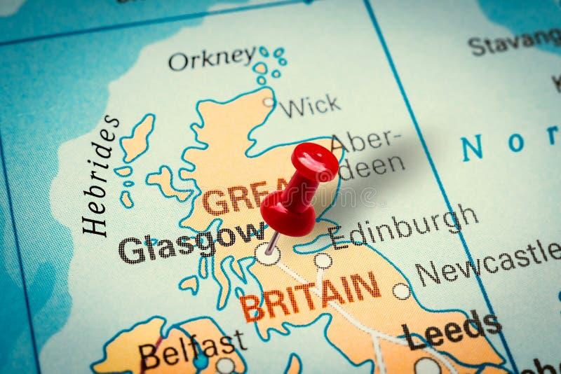 Pushpin señala la ciudad de Glasgow en el Reino Unido fotografía de archivo libre de regalías