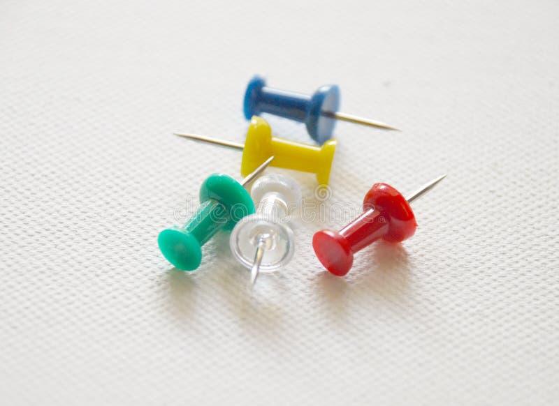 Pushpins- assorted imagens de stock