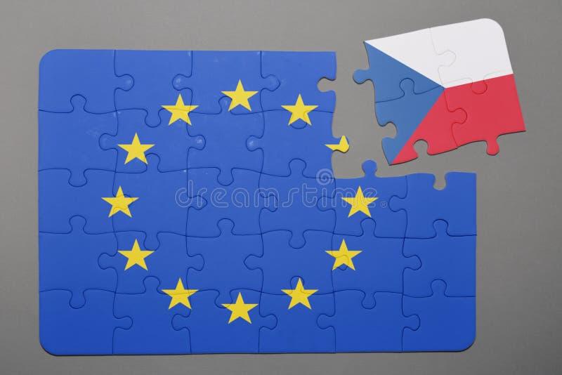 Pusslet med flaggan av europeisk union och Tjeckien lappar fristående royaltyfri illustrationer