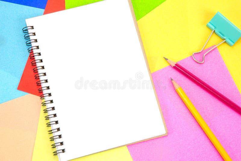 Pusta biała strona notepad dla kopii przestrzeni fotografia stock