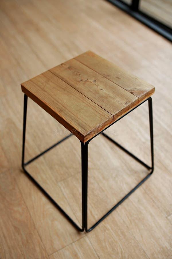 Pusta drewniana stolec zdjęcie stock