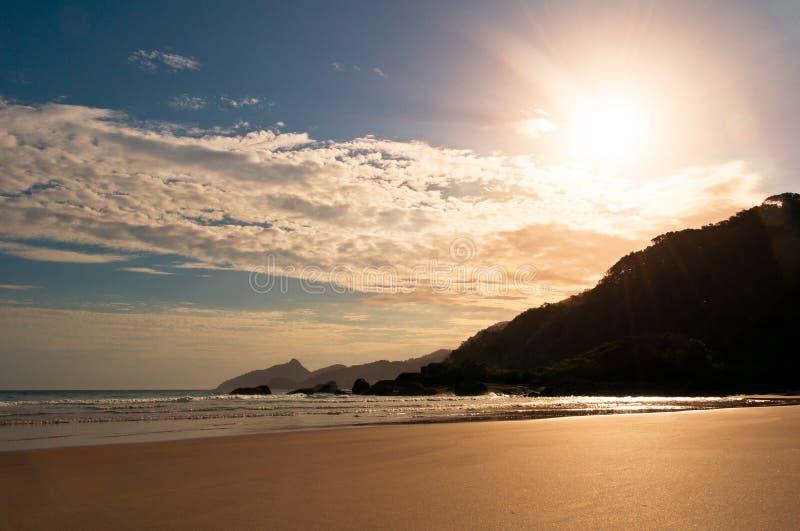 Pusta i Czysta Tropikalna plaża obraz royalty free