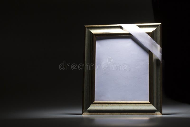 Pusta opłakuje rama dla kondolencje karty fotografia stock