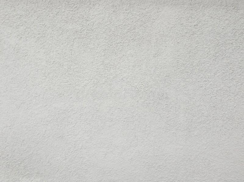 Pusta stara betonowa ściana, biały koloru cement dla tekstura abstrakta tła Wietrzejąca jasnopopielata grunge betonu struktura z  zdjęcia stock