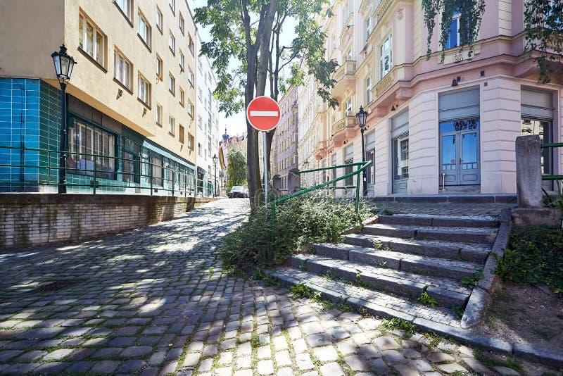 Pusta ulica w starym mieście Praga zdjęcia royalty free