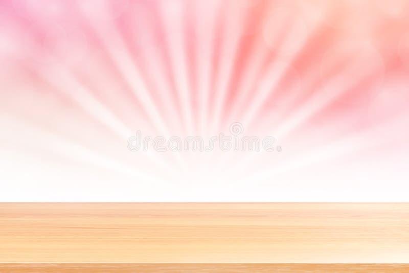 Puste drewno stołu podłoga na miękkich części menchii bokeh świateł promieniu błyszczą gradientowego tło, drewniana deska pusta n obrazy royalty free