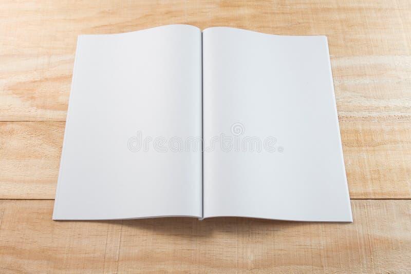 Puste miejsce magazyny lub książka zdjęcie stock