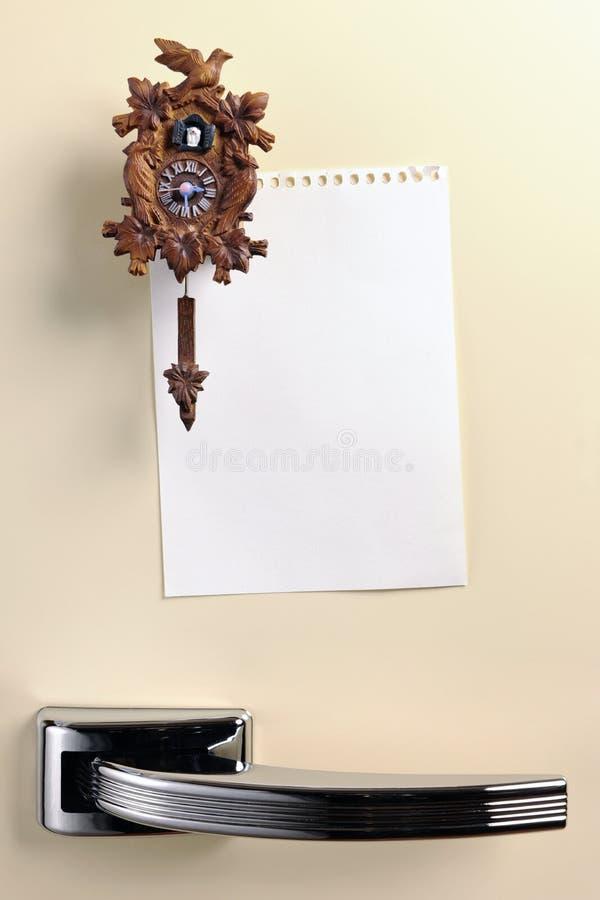 Puste miejsce notatka na lata pięćdziesiąte fridge drzwi fotografia royalty free