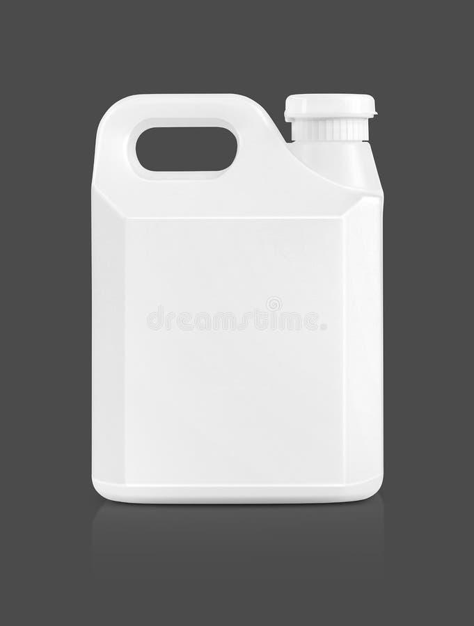 Puste miejsce pakuje białego plastikowego galon odizolowywającego na szarość zdjęcie royalty free