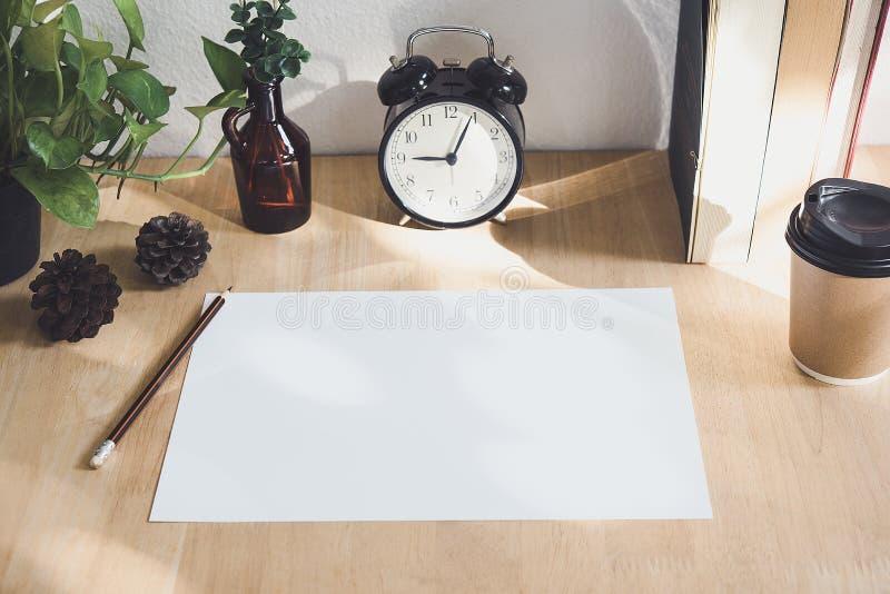 Pustego papieru A4 ulotka dla mockup szablonu projekta loga oznakować obraz stock