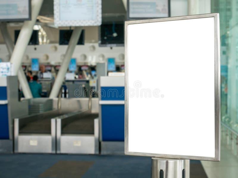 Pustego sztandar kolejki linii znaka Lotniskowego systemu Pobliski Odpierający czek fotografia stock