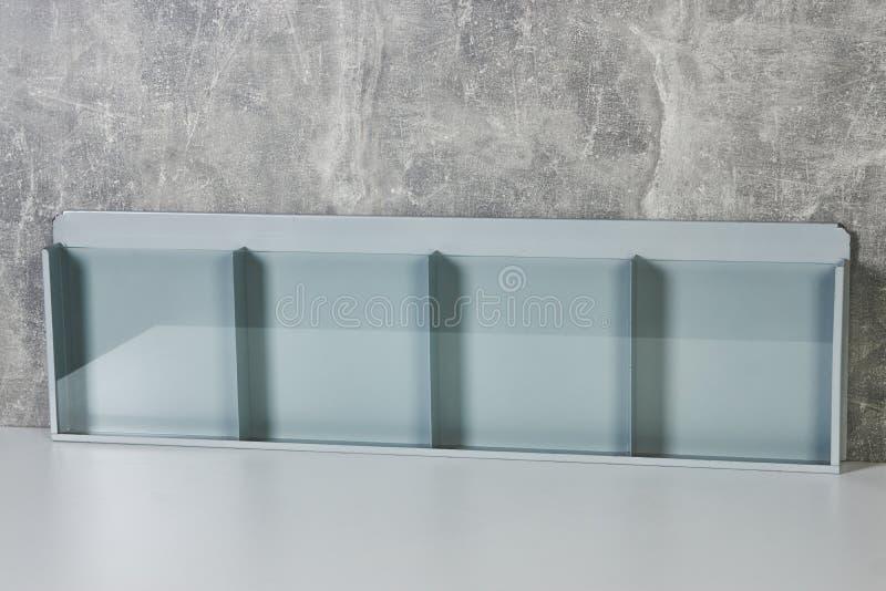 Pustego ulotki mockup szklany plastikowy przejrzysty właściciel fotografia stock