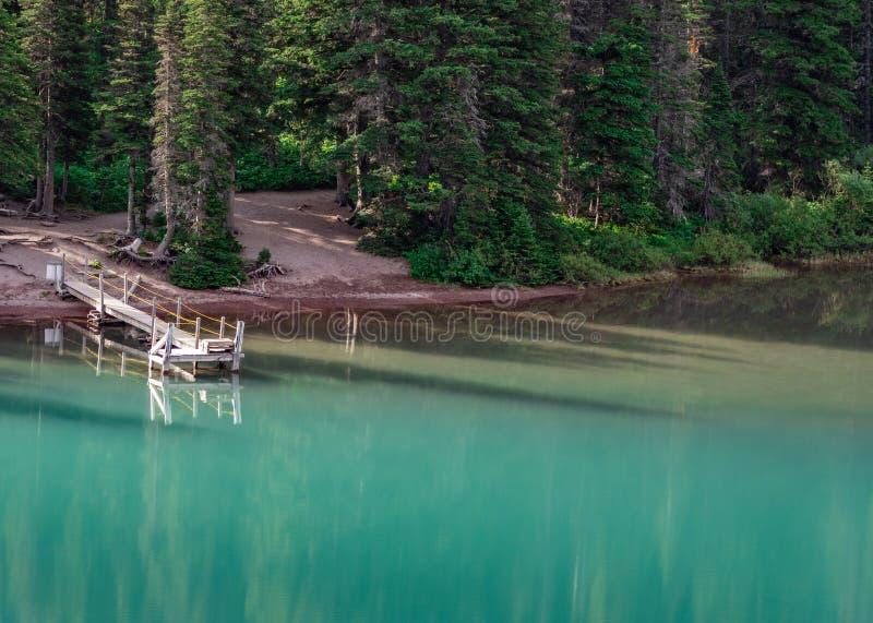 Pusty Łódkowaty dok na Jeziornym Josephine zdjęcie stock