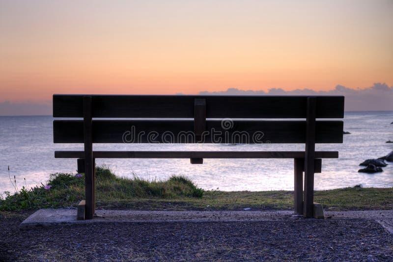 pusty ława wschód słońca zdjęcia royalty free