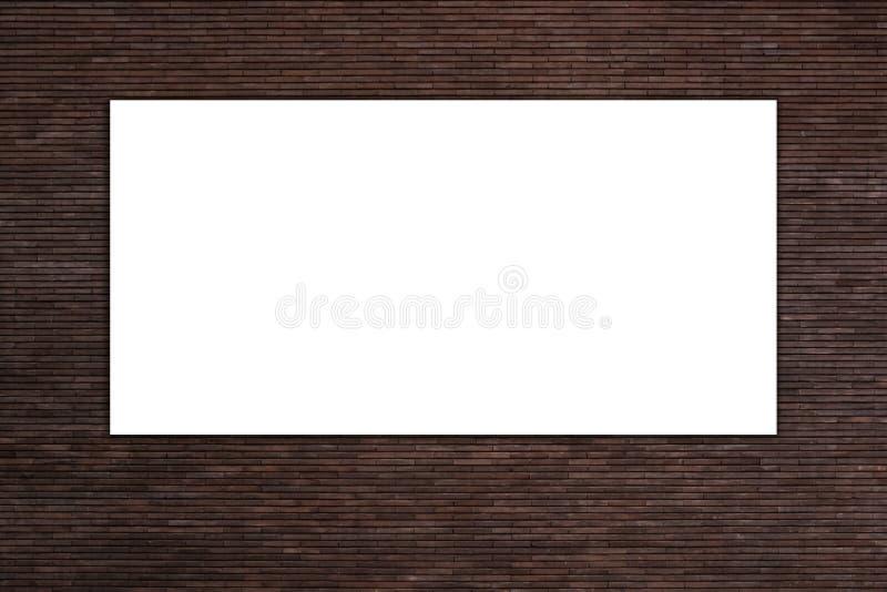 Pusty biały reklamowy billboard przeciw czerwonej ścianie z cegieł obraz stock