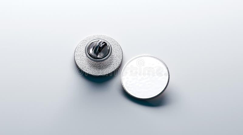 Pusty biały round srebra lapel odznaki mockup, przód royalty ilustracja