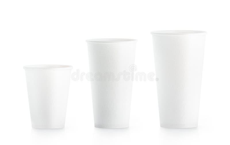 Pusty biały rozporządzalny papierowej filiżanki egzamin próbny podnosi isplated ilustracja wektor