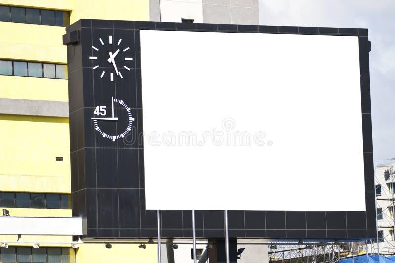 Download Pusty billboard zdjęcie stock. Obraz złożonej z zawiadomienie - 28951576