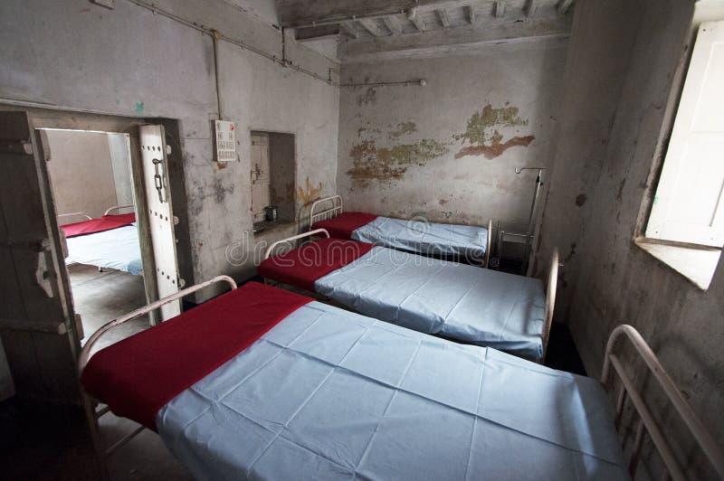 Pusty dormitorium w klinice w Bihar, India obraz royalty free