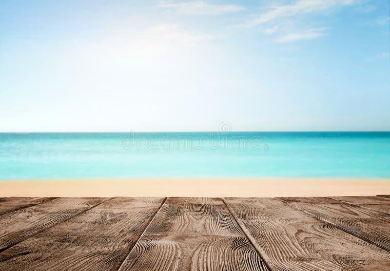 Pusty drewniany molo nad oceanem obraz royalty free