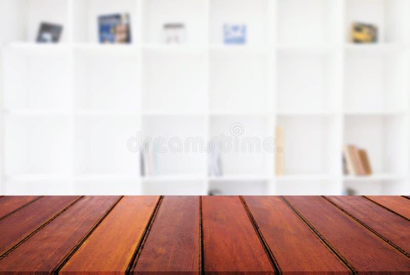 Pusty drewniany stołu i plamy tło abstrakt przed m obrazy stock