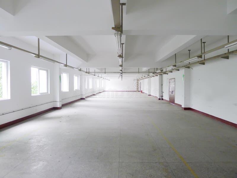 pusty fabryczny wnętrze obrazy stock