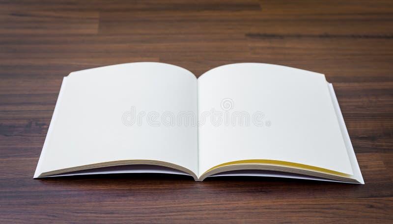 Pusty katalog, magazyny, książka egzamin próbny up obraz royalty free