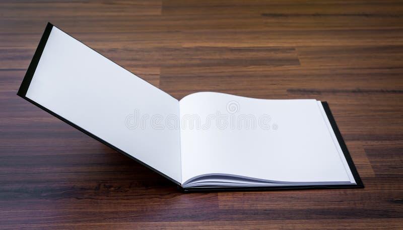 Pusty katalog, magazyny, książka egzamin próbny up fotografia royalty free