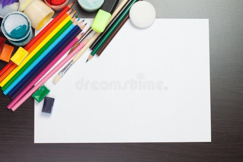pusty kolorowy instrumentów papieru prześcieradło zdjęcie royalty free