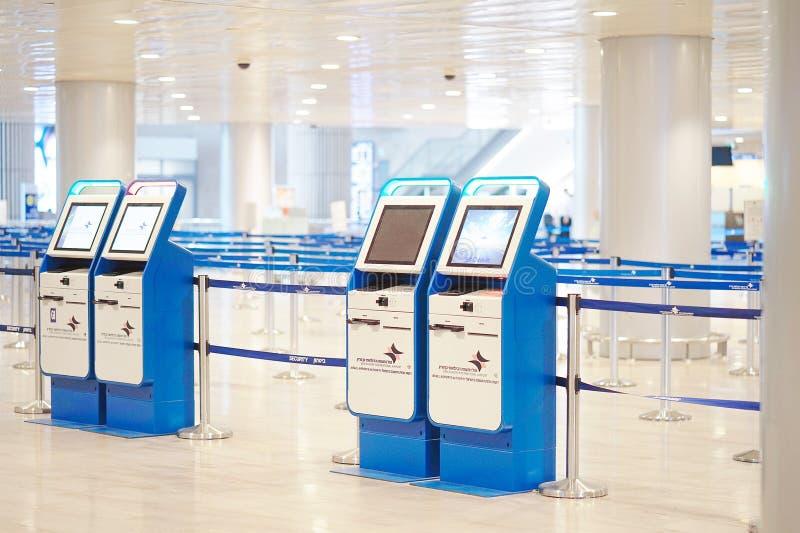pusty lotniska terminal Puści lotniskowi śmiertelnie odpraw biurka Ben Gurion lotniska strajka zapasu wizerunek obraz royalty free