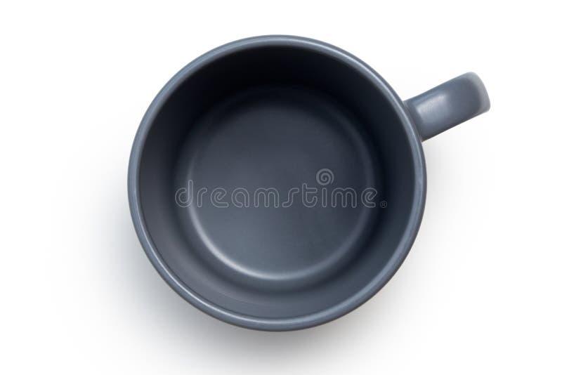 Pusty niebieskoszary ceramiczny kubek odizolowywający na bielu z góry zdjęcia royalty free