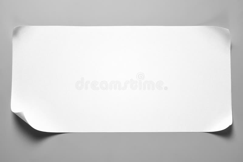 Pusty papierowy świstek z fryzującymi kątami ilustracja wektor