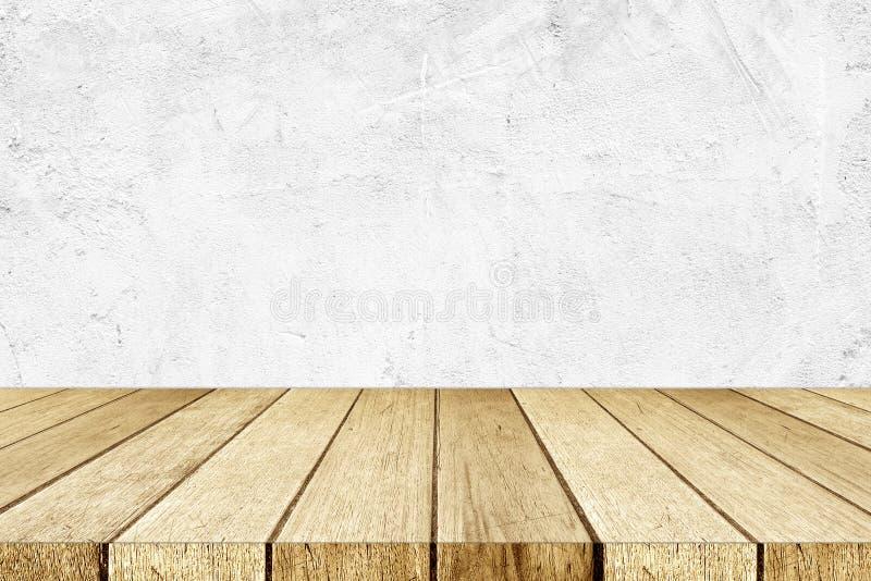 Pusty perspektywiczny drewno i biały cement izolujemy tło, pokój, t zdjęcie stock