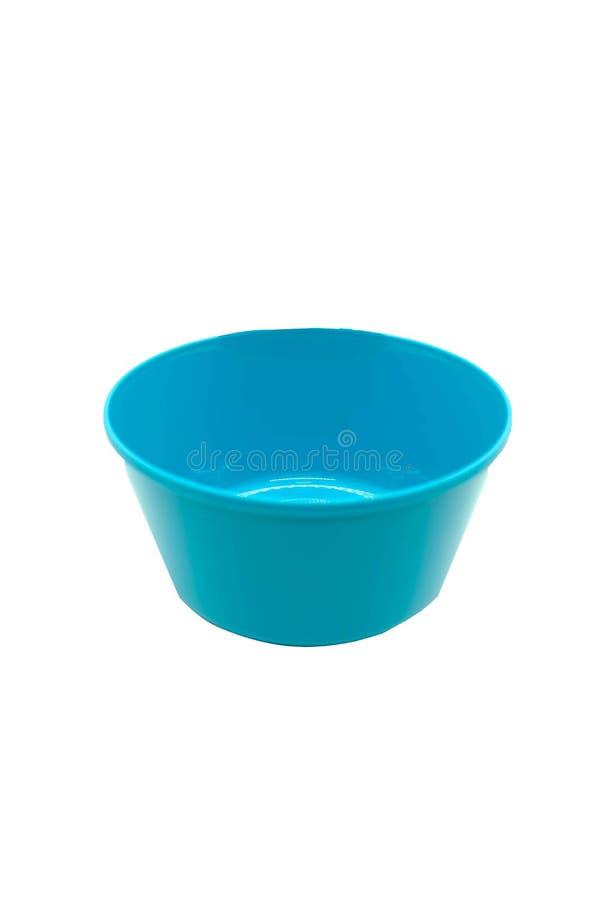 Pusty plastikowy błękitny puchar na odosobnionym białym tle z clippi zdjęcie royalty free