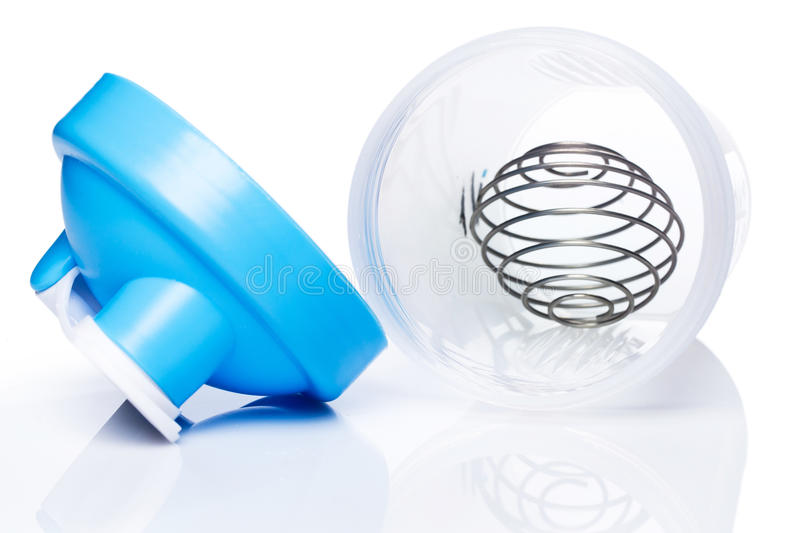 Pusty proteinowy potrząsacz z kruszcową piłką zdjęcie royalty free