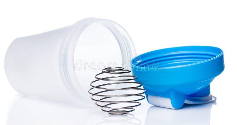 Pusty proteinowy potrząsacz z kruszcową piłką fotografia stock