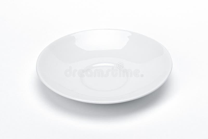 Pusty szablon porcelany tableware dla twój projekta, biały ceramiczny spodeczek dla filiżanka bielu tła zdjęcie stock