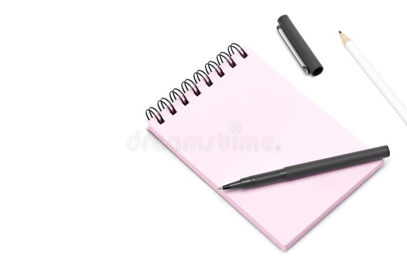Pusty szablon spirali menchii notatnika notepad, pióro i ołówek, odosobniony biały tło obraz royalty free