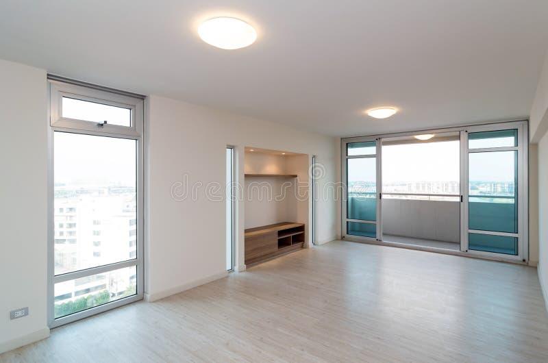 Pusty Wewnętrzny Żywy pokój w nowym mieszkaniu zdjęcia royalty free