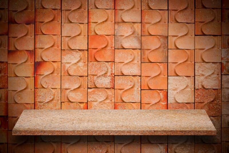 Pusty wierzchołek naturalne kamień półki i kamiennej ściany tło obrazy stock