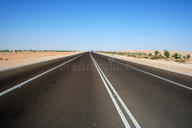 pustynna autostrada obrazy stock