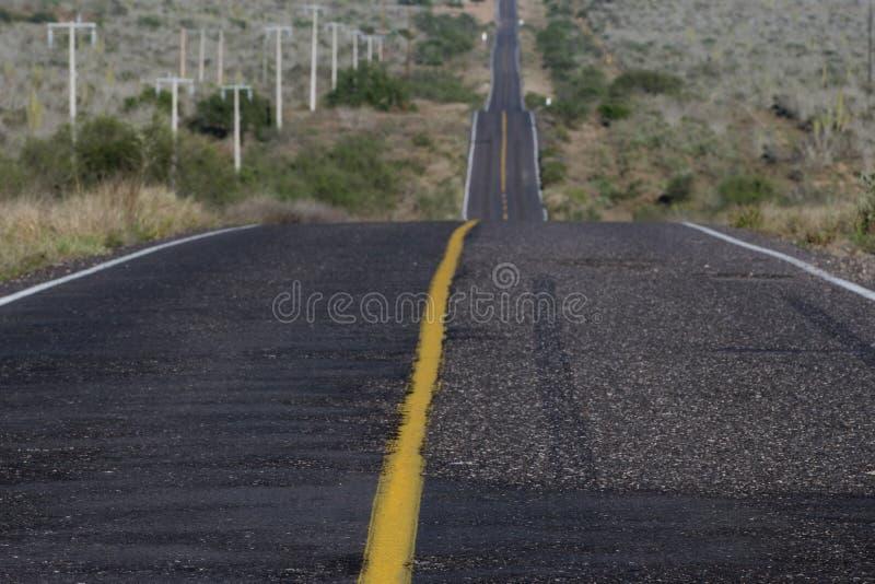 Pustynna kalifornijczyk droga zdjęcia stock