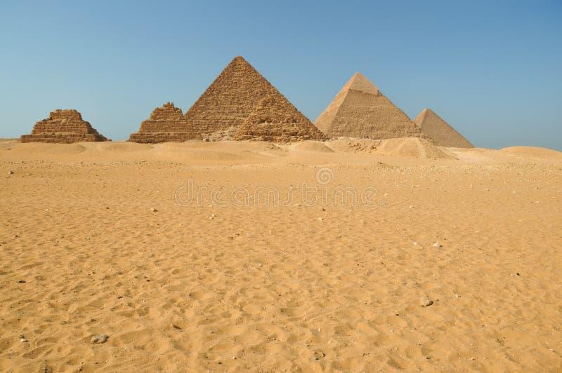 pustynne piramidy egipskie obrazy stock