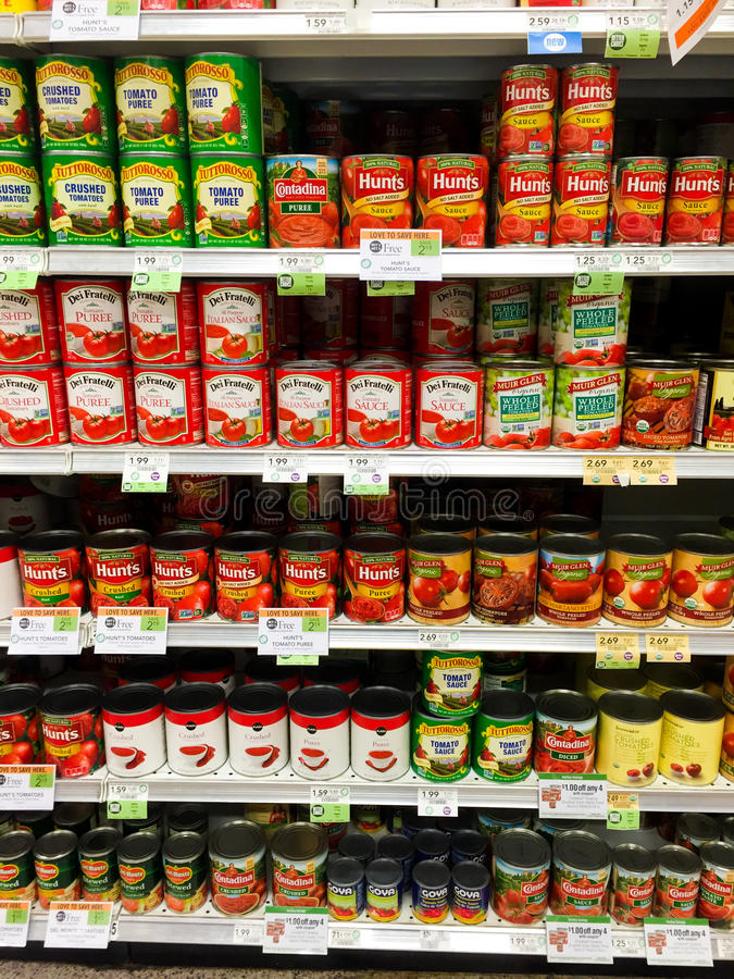 Puszki pomidory zdjęcie royalty free