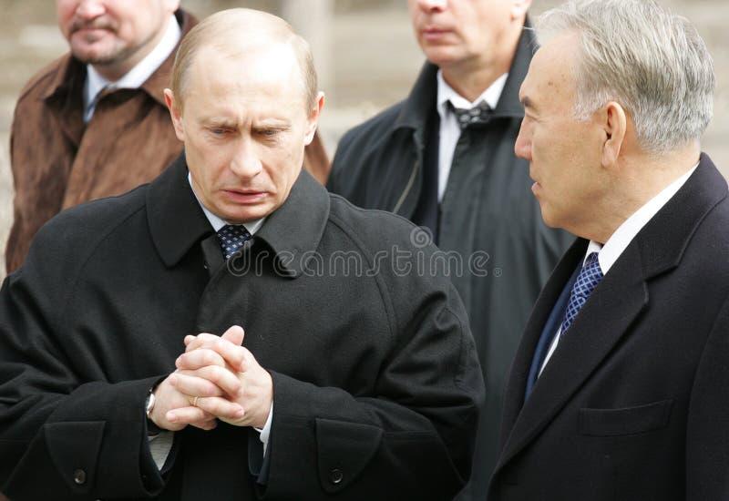 Putin de Rússia e Nazarbayev do Kazakh foto de stock