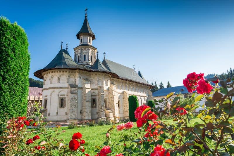 Putnaklooster, in Bucovina, door Voievod en Heilige die Stephen wordt gebouwd royalty-vrije stock afbeeldingen