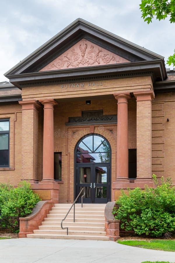 Putnam Hall på den North Dakota delstatsuniversitetet royaltyfri bild