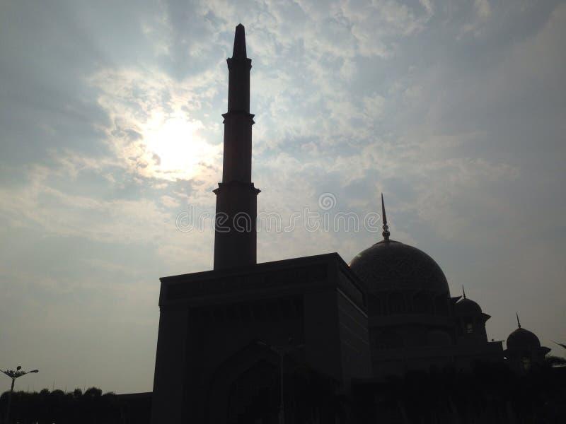 Putra Jaya Mosque Sillouete lizenzfreies stockfoto